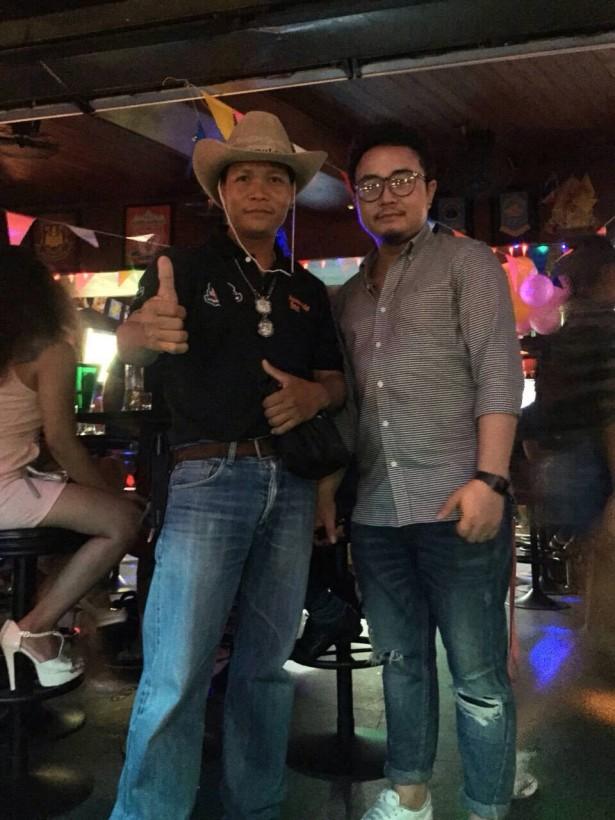 stumble inn, soi 4 sports bar, stumble inn bangkok
